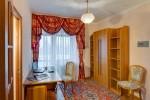 Кабинет в номере Suite III
