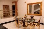 Столик в номере Suite Duplex